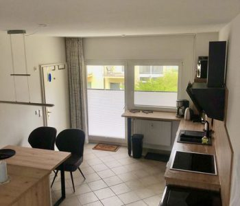 Küche_und_Nordbalkon